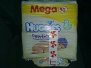 продам дешево 2 пачки памперсов по 90 шт Huggies Newborn 3-6кг