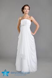 Продам или сдам в аренду свадебные платья,  бижутерию,  перчатки,  шубки/накидки,  фату и многое другое из свадебной атрибутики