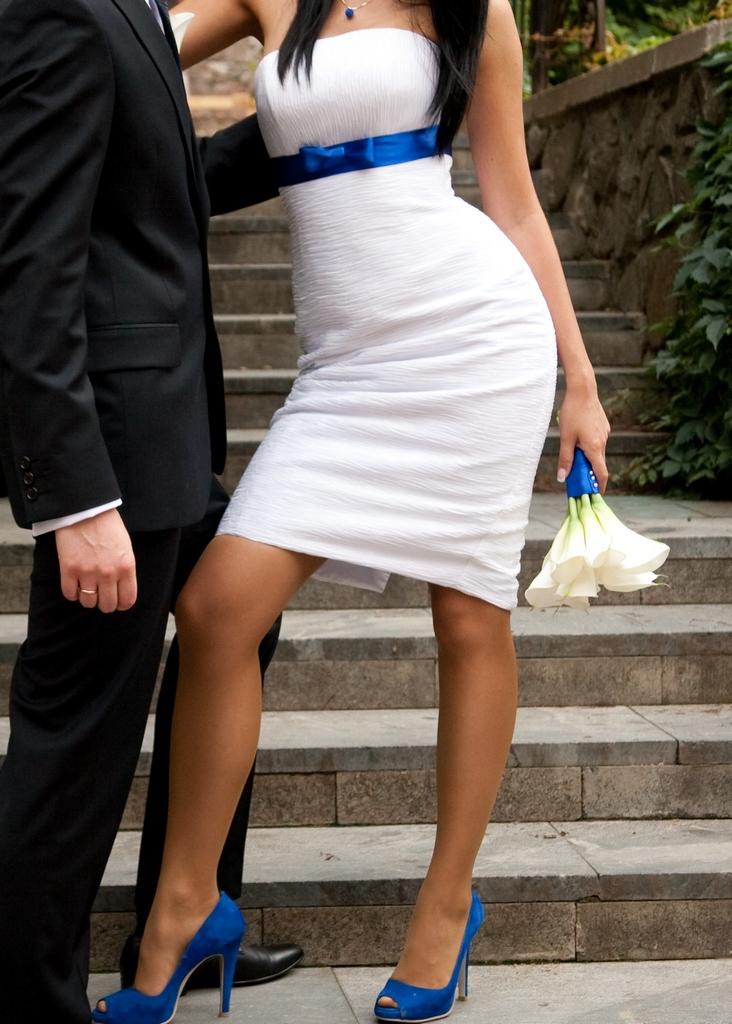 Короткое свадебное платье свадебные