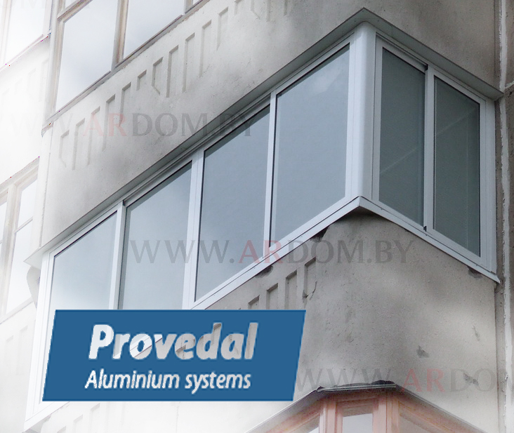 Балконная рама алюминиевая 3000*1500+ угол 90 гр. 900*1500мм.