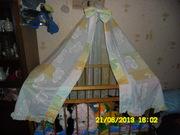 балдахин+защита для кроватки+пеленальный столик+прочее б/у