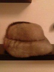 продам норковую женскую шапку 56-57 размера б.у