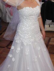 Белоснежное свадебное платье из салона Папилио в идеальном состоянииии