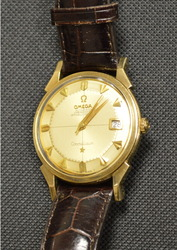 Оригинальные швейцарские часы Omega Constellation в золотом корпусе