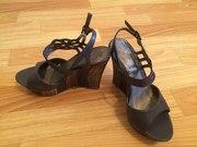 Продам босоножки и туфли в очень хорошем состоянии