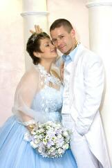 пышным фигурам свадебные и вечерние платья, мужские смокинги и костюмы