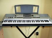 Продам синтезатор YAMAHA PSR-E413 + стойка за 220 у.е.