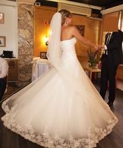 Свадебное платье 1 раз б/у.