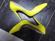 Туфли лимонного цвета