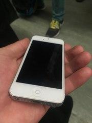 iPhone 5 - 16 gb - White Белый