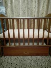 Кроватка детская СКВ с маятниковым механизмом