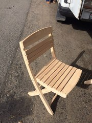 Деревянный стул из ольхи