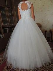 Шикарное свадебное платье Minsk