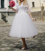 Свадебное платье в отличном состоянии б/у