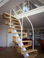 Лестницы из массива дерева под заказ. Звоните