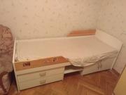Кровать в детскую с матрасом