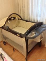 кровать-манеж graco