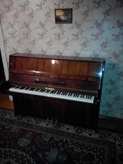 Продаю малогабаритное пианино Беларусь ( 108 см. в высоту),